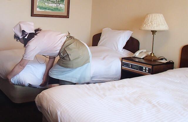 ベッドメイク